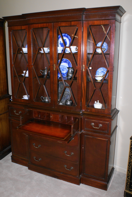 China Cabinet-mahogany china cabinet-antique china cabinet