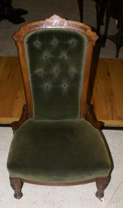 Pair of period walnut early 19th century living room chairs