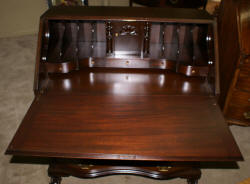 Governor Winthrop mahogany antique desk
