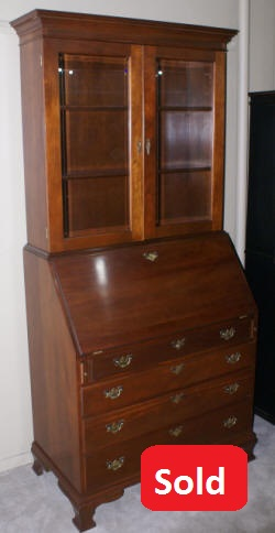 Craftique Furniture New Bern Solid Mahogany Two Piece