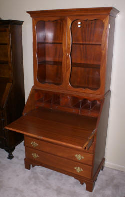 Light mahogany secretary desk