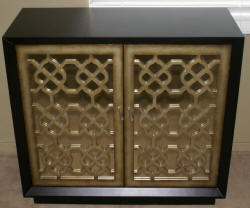 Pulaski Furniture Company two door mirrored server / accent console