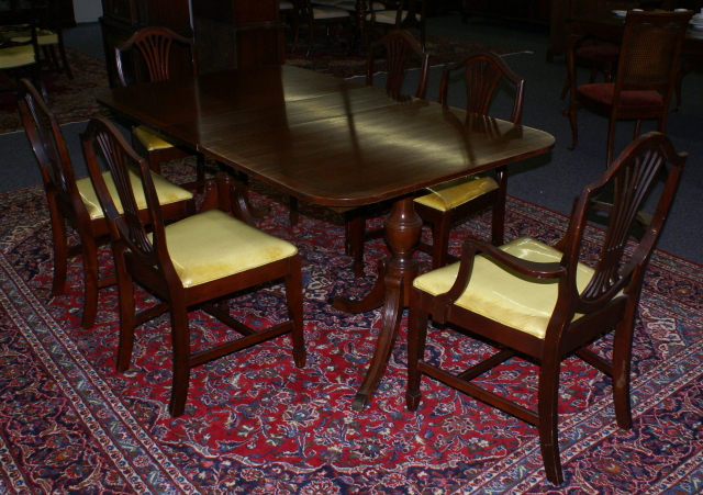 mahogany banded inlaid duncan phyfe dining room table and