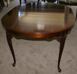 solid mahogany queen Anne dining room table
