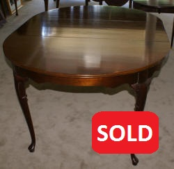 mahogany queen anne dining room table