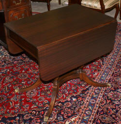 Duncan Phyfe mahogany drop leaf table